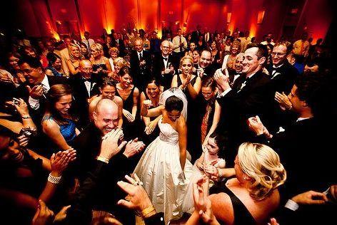 Tmx 1524483329 E019ba4c221508b0 1524483328 A9263074469fdf32 1524483325540 4 4 Boston wedding band