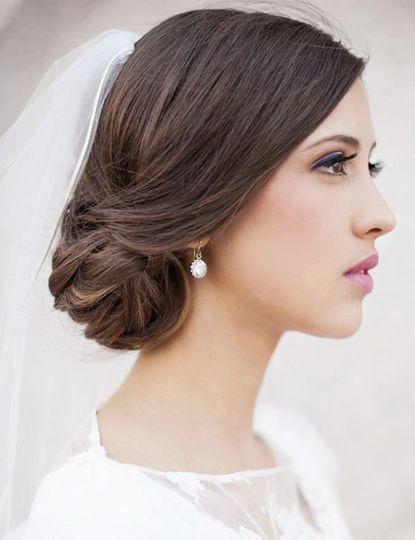 Bridal updo and elegant makeup