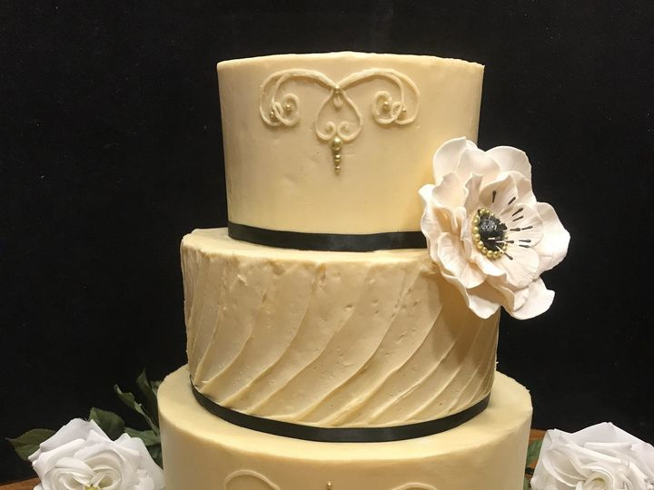 Tmx 1502399150035 Signature Cake Osseo, MN wedding cake