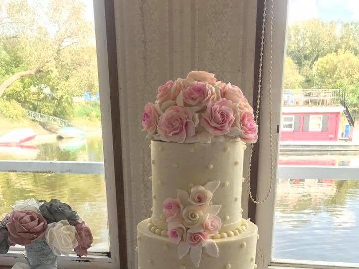 Tmx 1506461817950 Handmade Sugar Roses Osseo, MN wedding cake