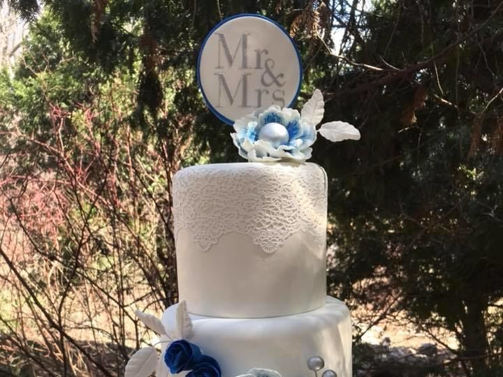 Tmx 1526930507 A48c536d9060545a 1526930505 4d30b349a4531483 1526930504391 2 Lace Wedding Cake Osseo, MN wedding cake