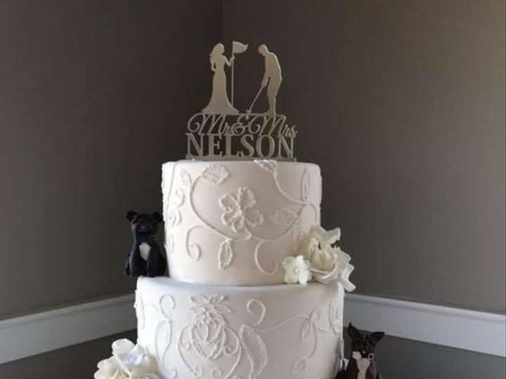 Tmx Embroderied Lace Cake With Hand Carved Dogs 51 974862 1572896014 Osseo, MN wedding cake