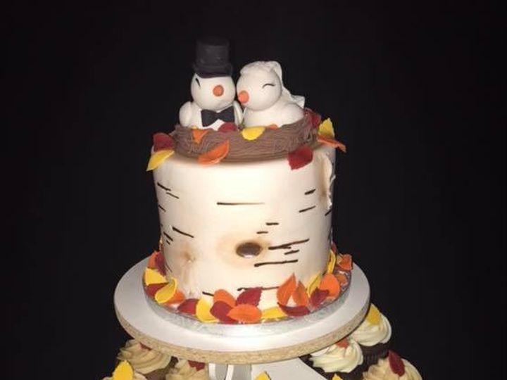Tmx Fall Love Birds Wedding Cake And Cupcakes 51 974862 1572896014 Osseo, MN wedding cake
