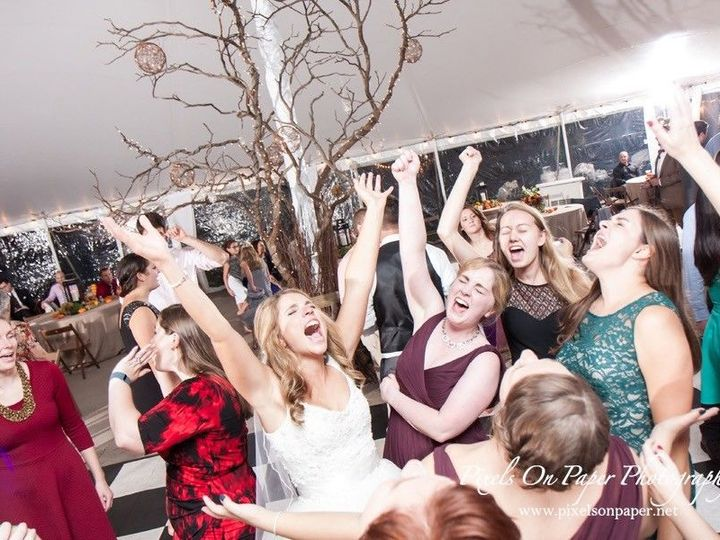 Tmx 1498185262 2f99edbe1ccdac6b 1498099479760 5272pixelsonpaperminorweddingphoto Greensboro, NC wedding dj