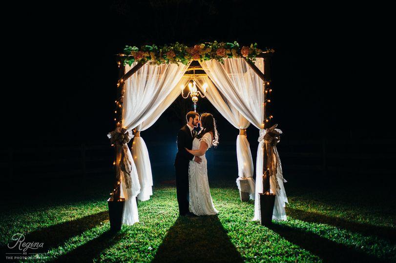 wishing well barn wedding jessicaryan 1071