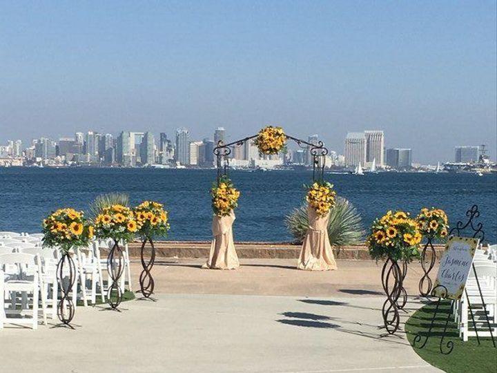 Tmx 1533227353 B2e309c5b43bccc4 1533227352 04aeedacb7090da4 1533227352550 12 800x800 149082852 Chula Vista, California wedding florist