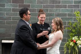 Jennifer Nies Officiant