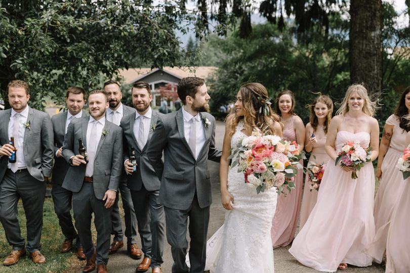 Bridal Party at Maple Leaf Events Venue Photo by Alyssa Elliot Photography
