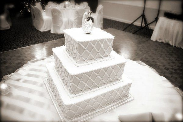 Tmx 1328654643582 Cake1sep Lake Zurich wedding venue