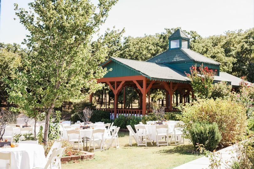 Whispering Pines Bed Breakfast Restaurant Lounge