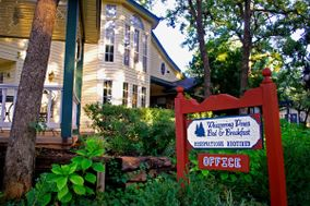 Whispering Pines Bed & Breakfast, Restaurant & Lounge