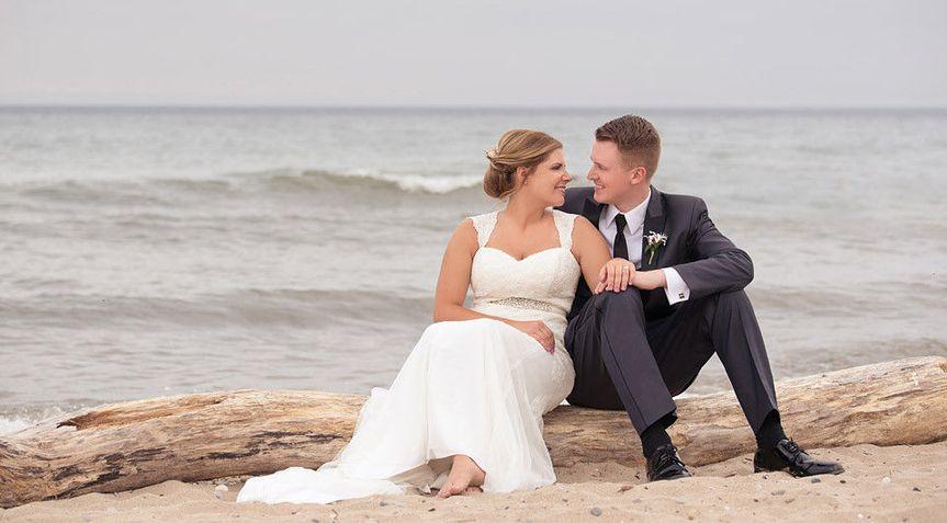 3b26f0f9da2abe8c 1427067304923 modern milwaukee wedding photography the paper e