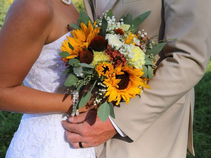 Tmx 1478742816376 Received10154730550474640 Middleburgh, NY wedding florist