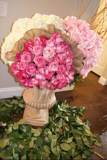 Romatic Pink Wedding Large Urn