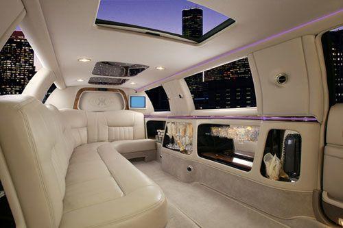 Tmx 1518123131 991f90e3722b1dfd 1518123131 84ef516f483e9b3e 1518123132286 6 White Navigator In Orlando, Florida wedding transportation
