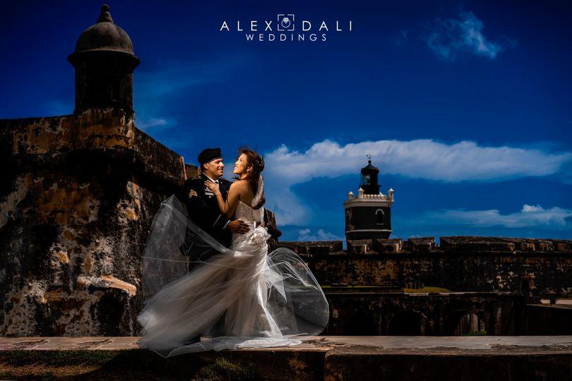 Alexdaliweddings.com