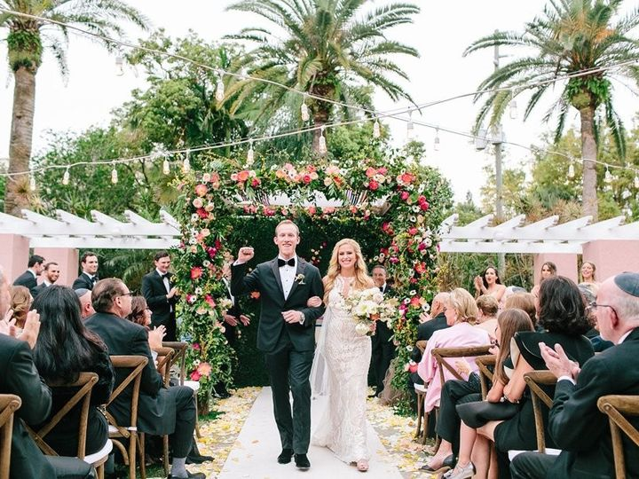 Tmx Elegant Floral Filled Florida Wedding 0034 51 90072 157687374953965 Saint Petersburg, FL wedding venue