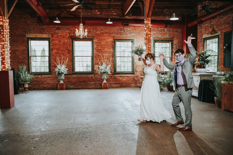 Bride&groom- Oh Snap Photo