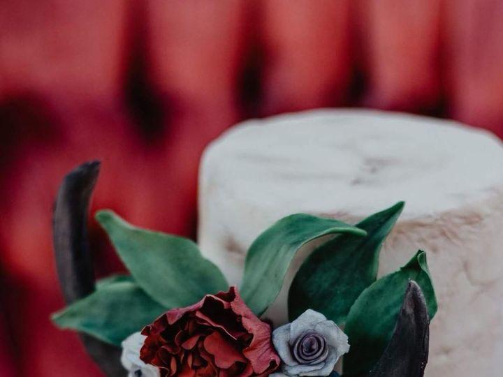 Tmx 1532636974 6d77e3fe4d7c915e 1532636973 B5ace360881a0366 1532636972924 2 IMG 20180723 22250 Sherwood, OR wedding cake