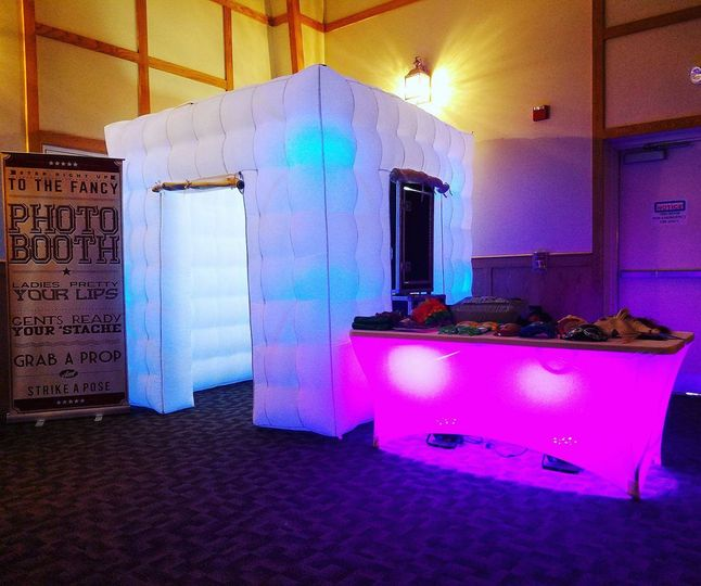 BTA's LED Photo Booth Cube