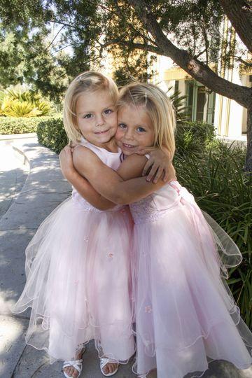Twin Flower Girls