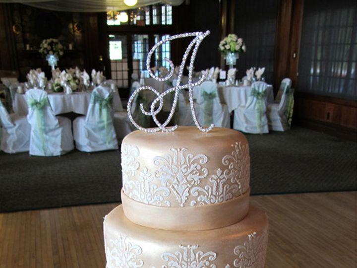 Tmx 1433174787105 A Moment In Time Ann Arbor, MI wedding cake