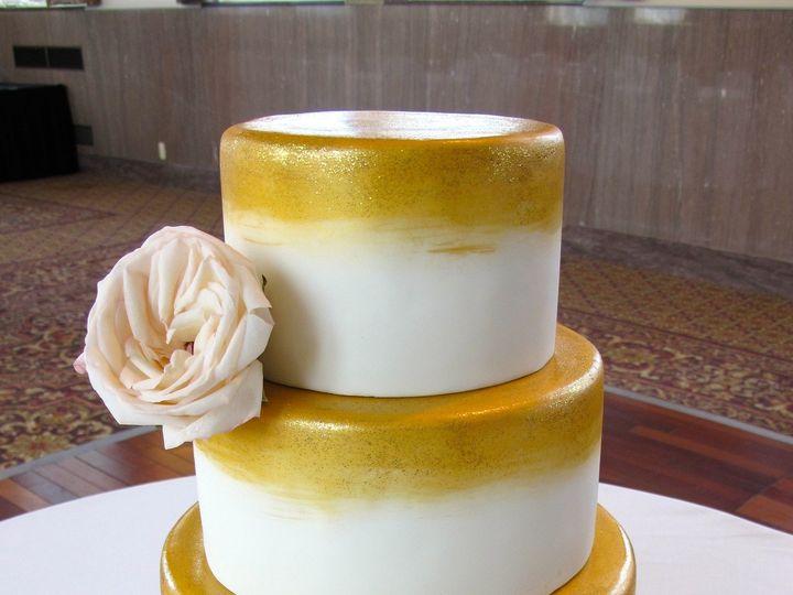Tmx 1433175605715 Gold Painting Lucidi Ann Arbor, MI wedding cake