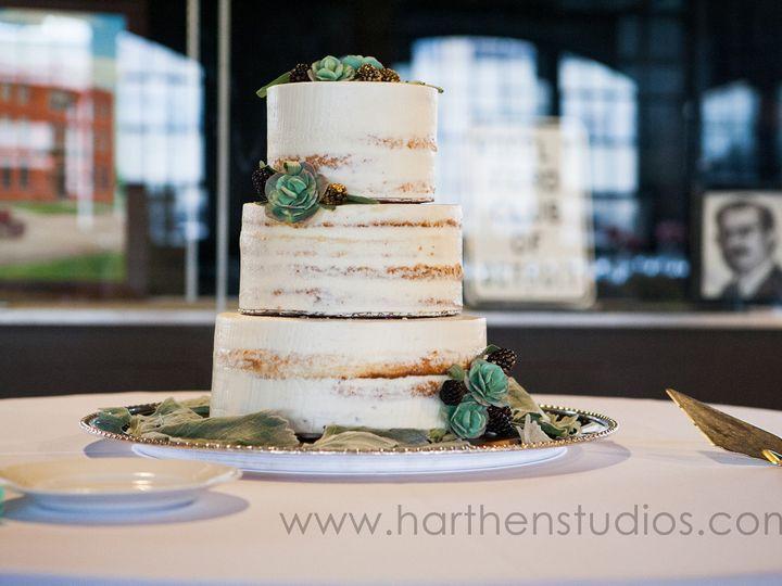 Tmx 1437508642654 Harthenstudioszingermans04 Ann Arbor, MI wedding cake