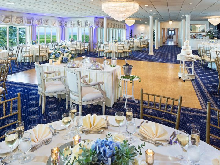 Tmx 1520964488 102c8128af519f85 1520964482 8c2b9d97930fd08d 1520964475377 7 7 Breakers Spring Lake, NJ wedding venue