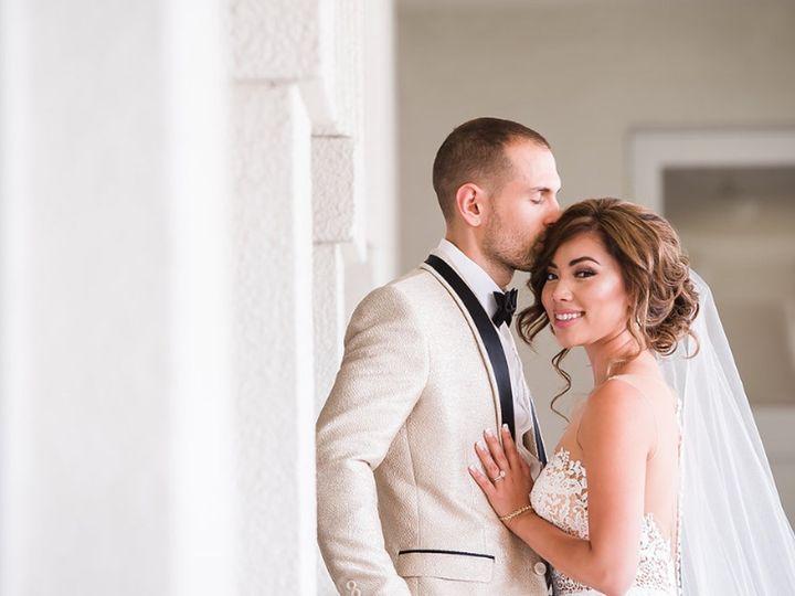 Tmx Infinitebeautyla Weddingcouplesmilekiss1 800p 51 354172 157913311753976 Burbank, CA wedding beauty