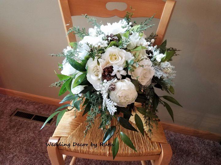 Tmx 1531757647 605c347cd52b9d86 1531757640 25580a681baaf2aa 1531757621208 1 20180715 124657 Allison, IA wedding florist