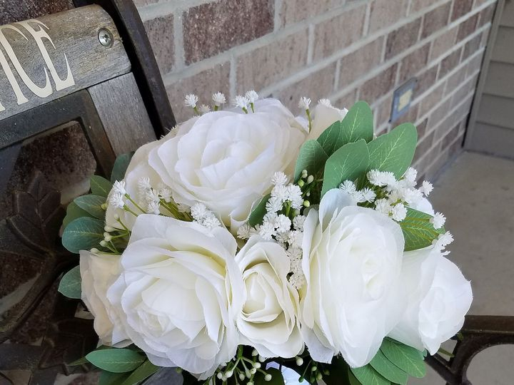 Tmx 1531757662 Db3cde93f763a64d 1531757659 902bea4fc159ef1a 1531757651829 3 Christa Herber1 Allison, IA wedding florist
