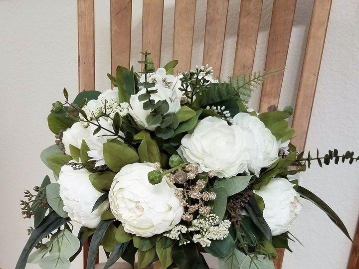 Tmx 1531757828 9437ff64cb52b306 1531757825 41812e9f58532eeb 1531757805586 6 Kimberly Vilhauer Allison, IA wedding florist
