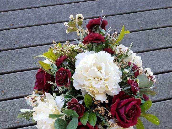 Tmx 1531758131 697725d05fe83b88 1531758126 A2992cf7f199ff98 1531758103625 3 Amanda Gladhill Allison, IA wedding florist