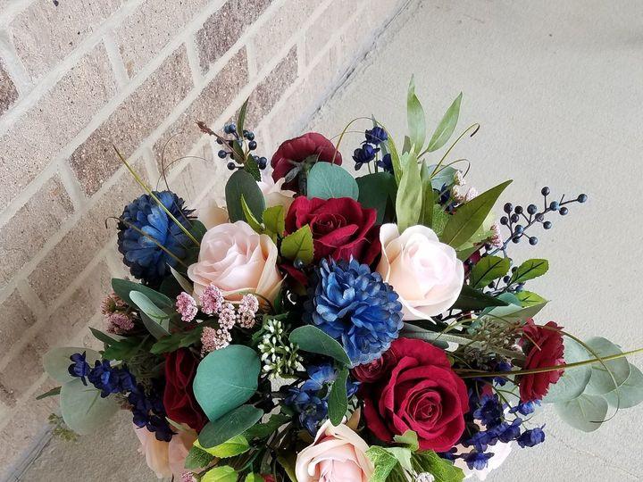 Tmx 1531758689 2263e66fee02c06e 1531758649 1f36fc737cdace92 1531758633485 5 Lauren H1  2  Allison, IA wedding florist