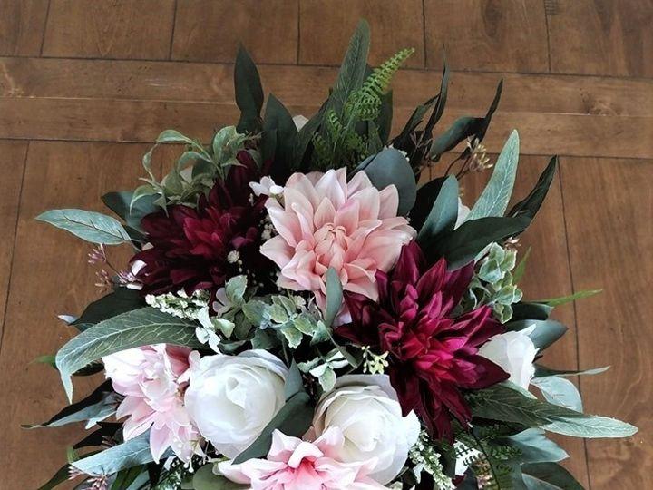 Tmx 66696187 2875493366009552 8143216297673490432 N 2 51 965172 158196894797061 Allison, IA wedding florist