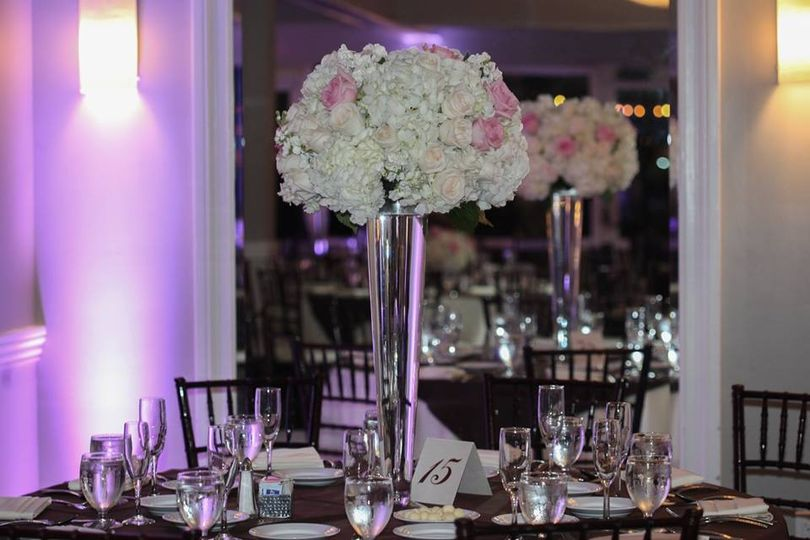 tall centerpiece 51 27172