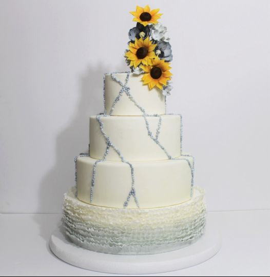 Simple cake with sunflower