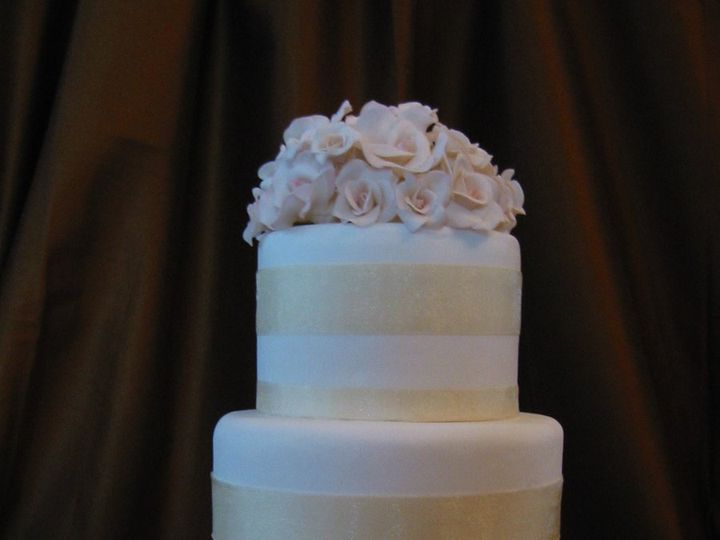Tmx 1357560025259 Goldribbon003 Atlantic Highlands wedding cake