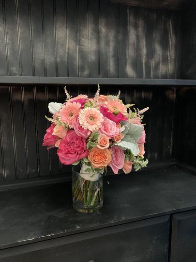 Peach & pink bridal bouquet