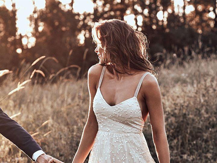 Tmx 1537319071 0c12069c15935ad3 1537319070 Ef1f964d56113e18 1537319069811 1 Grace Loves Lave W New York, NY wedding dress