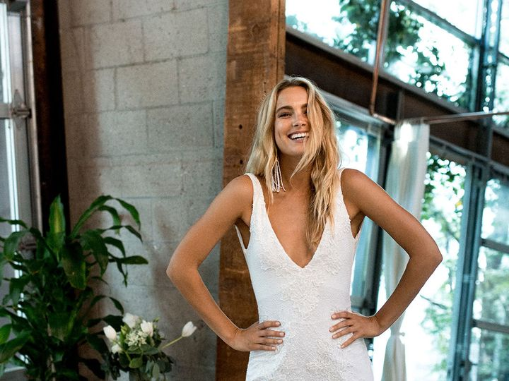 Tmx 1537319620 8a0f58925caf3777 1537319618 7c9ce2402f8c58d8 1537319612406 20 Dominique LA2 New York, NY wedding dress