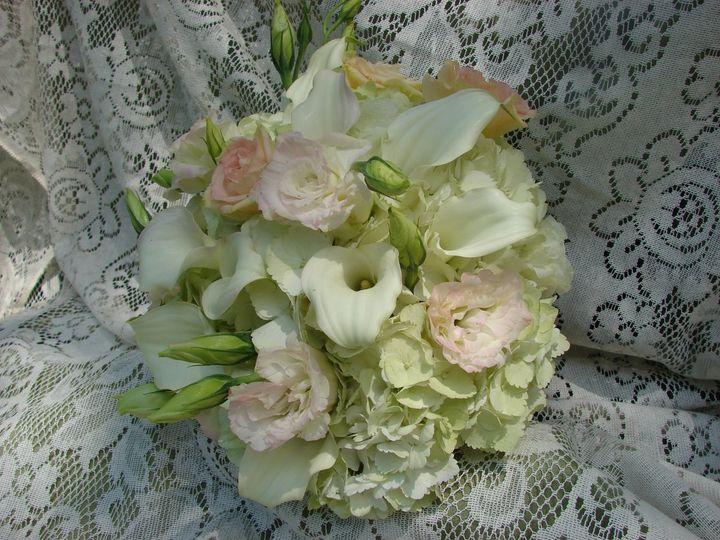 Bouquet of hydrangea, lisianthus, mini calla lilies