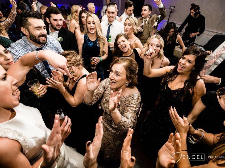 Tmx 1522943134 B92b0929d69c4f55 1522943133 3ac0c0c8abd01bb0 1522943128067 5 123117 MC Ben1 Philadelphia wedding band