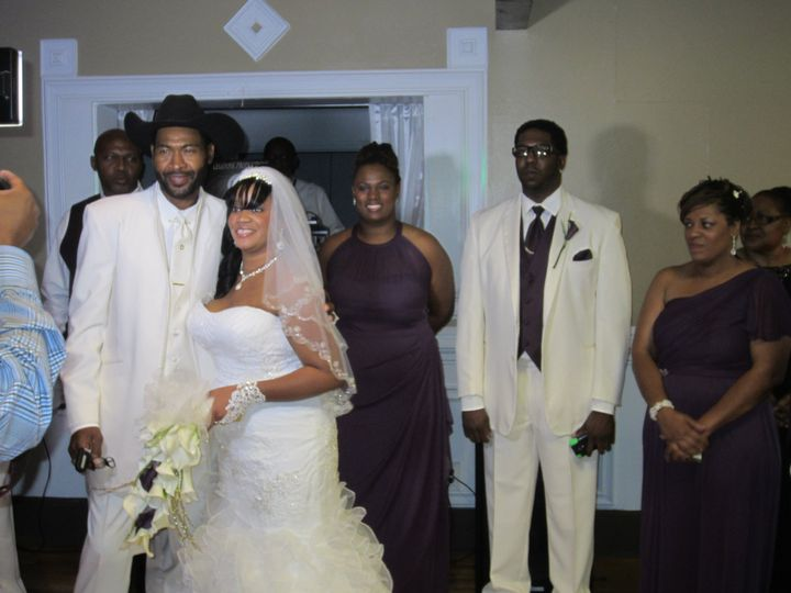 bride with her family