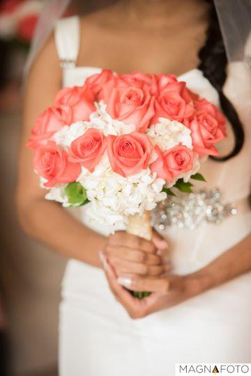 wedding rose bouquet magnafoto