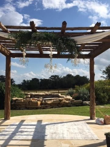 Chandeliers and arbor decor