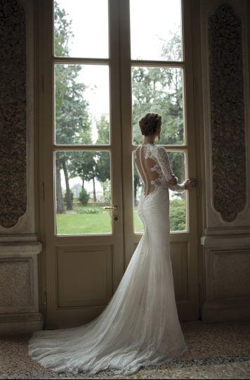 Mon amie bridal salon dress attire costa mesa ca for Mon amie wedding dresses