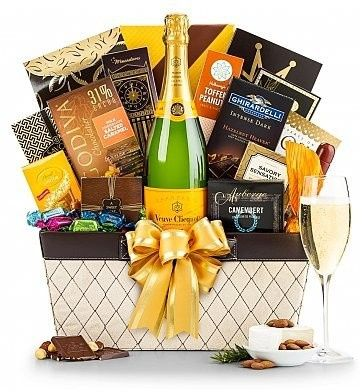 Tmx 1473209566887 17426kveuve Clicquot Champagne Basket94133.1421371 Philadelphia wedding favor