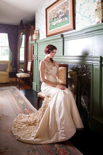 """This dress is just breathtaking ! Its more than 500 handmade """"fuxico"""" flowers make it specially..."""
